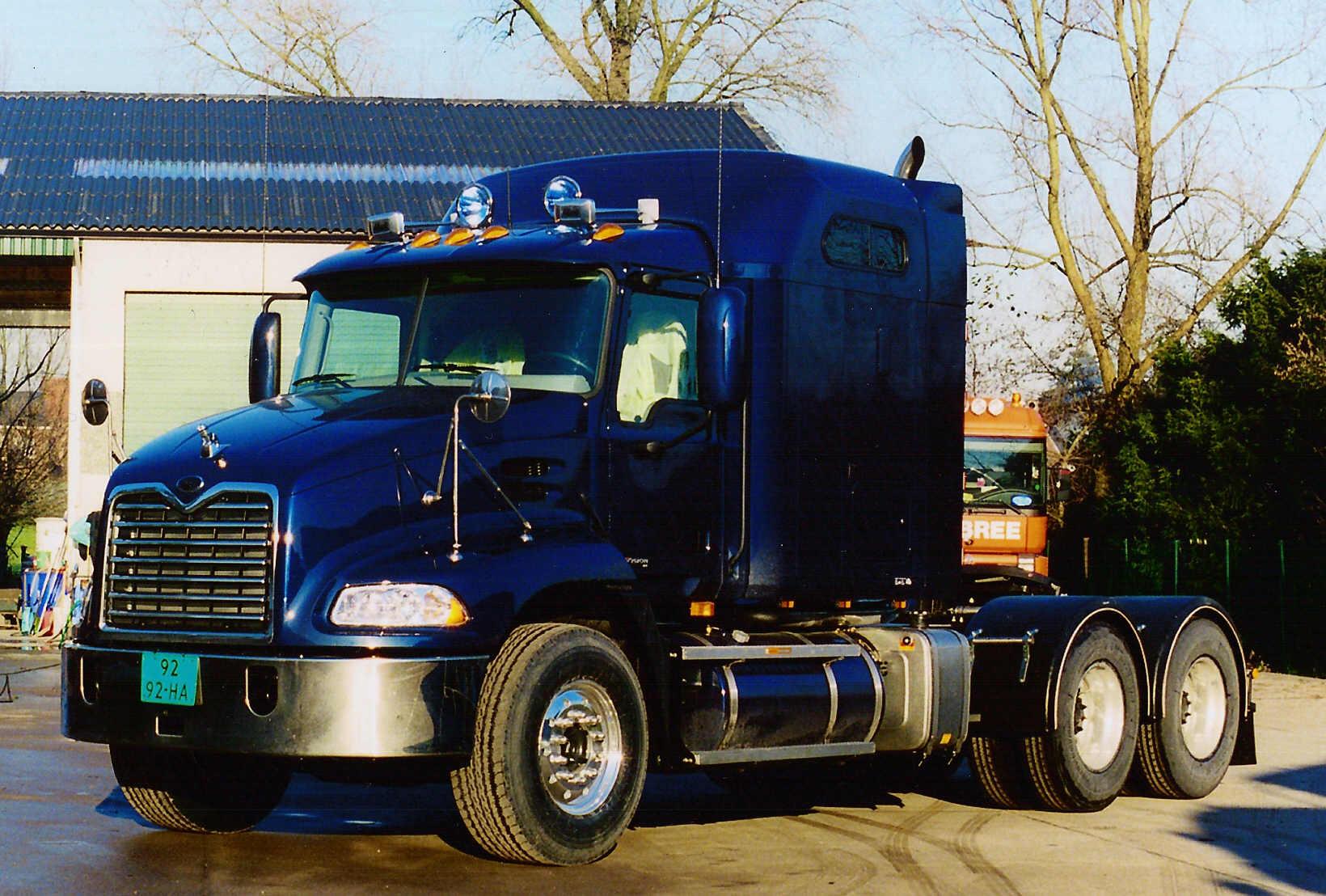Specialist In Mack Trucks Verkoop Van Amerikaanse Trucks